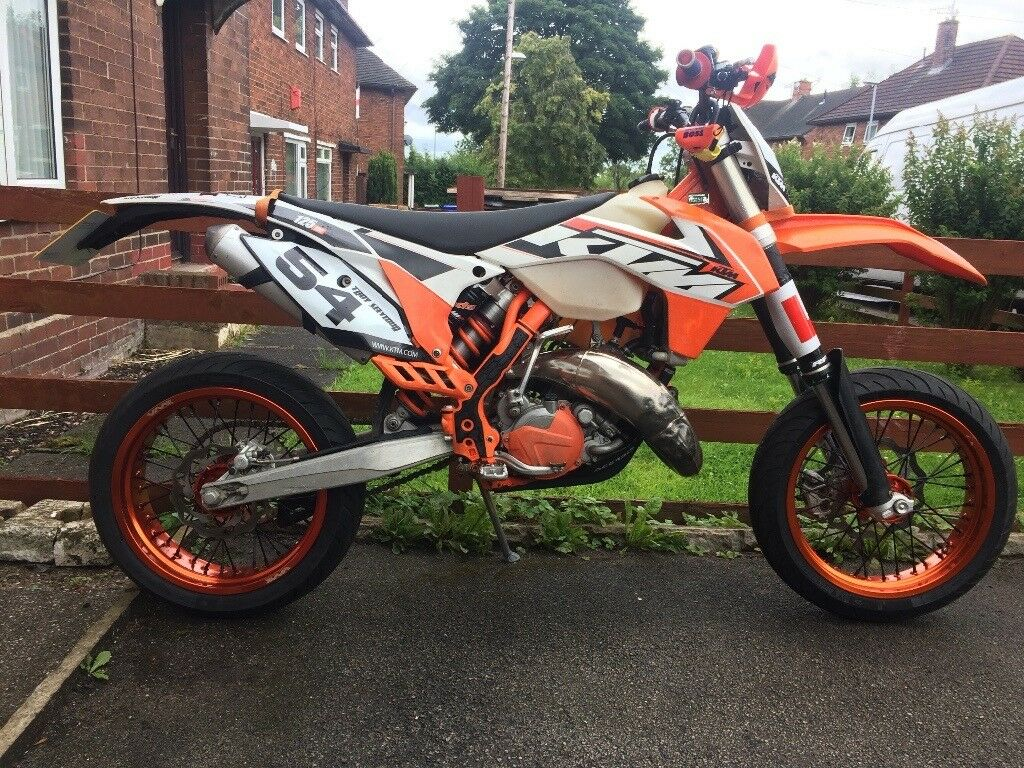 ktm 125 exc supermoto 2015 in stoke on trent. Black Bedroom Furniture Sets. Home Design Ideas