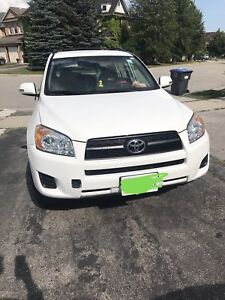 LOW KM RAV4 2010