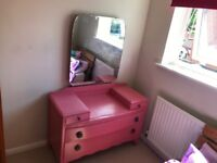 Vintage shabby chic dressing table/drawers
