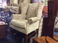 Vintage queen Ann chair
