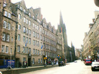 Stunning Royal Mile Holiday Apartment Festival Availability