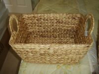 NEW RAFFIA WOVEN BASKET REINFORCED HANDLES AND RIM STURDY STRONG MULTI PURPOSE / GOOD CHRISTMAS GIFT