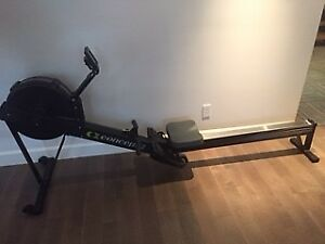 Concept 2 Model D Rower w/PM5 Monitor (noir)