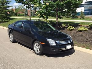 2007 Ford Fusion SE - V6, Low KMS!