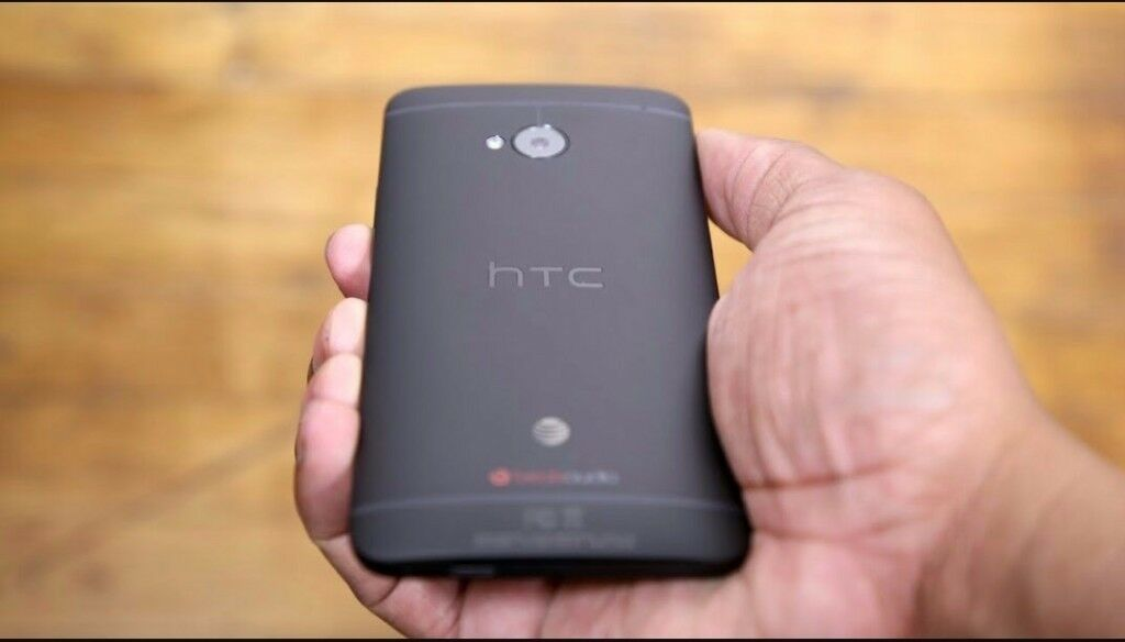 Htc one m7 in excellent conditionin Ealing, LondonGumtree - Htc one m7 is in excellent condition has been in a case ever since it was bought it also comes with a charger, selling due to upgrading to a new phone call or text on 07342695381 looking for quick sale no timewasters pls