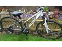 ladies Carrera ONE hybrid bike used once