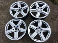 "Allows wheels 18"" vauxall"