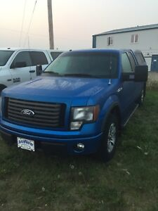 Beautiful Ford F-150  FX4 for sale.