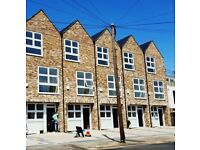 Newly Built 4 Bedroom Town house to Rent in Hanwell.
