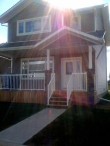 Cute and Cozy 3 Bedroom Home In Inglewood!