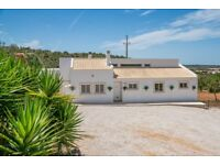 Beautiful Villa to rent in central Algarve.