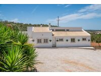 Beautiful Villa to rent in central Algarve region. SEPTEMBER DATES AVAILABLE