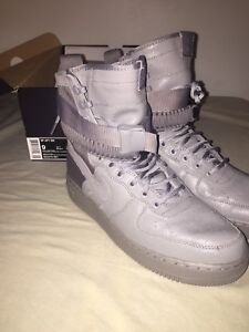 "Nike Air Force 1 SF ""Dust"" Size 9 Special Field. Deadstock"