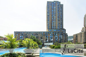 Spacious 2 Bedroom Apartment in the Heart of Downtown!