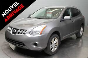 2012 Nissan Rogue SV A\C MAGS