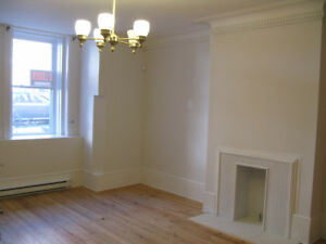 $1400 / 2BR - Apartment Golden Square Mile in downtown Mtl - Ful