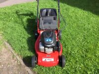 HONDA SELF PROPELLED LAWN MOWER. £120