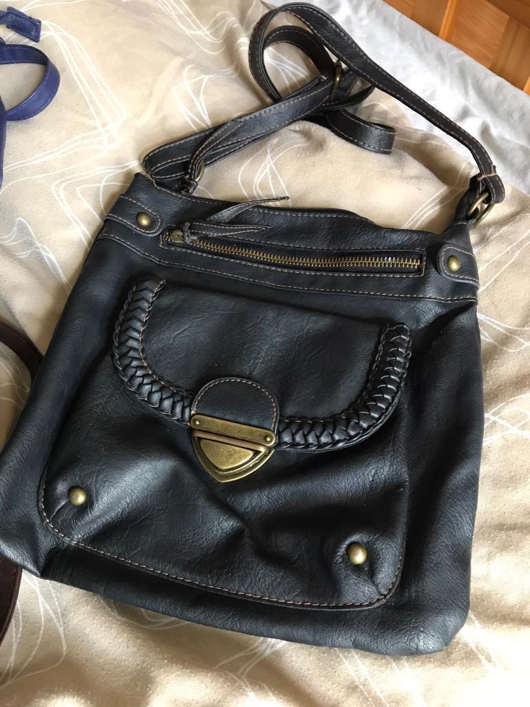 women handbags/£15 for 4