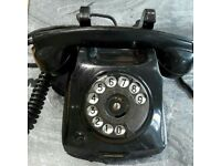 1940s black analogue telephone