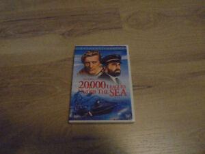 20,000 Leagues Under The Sea (1954) Kirk Douglas