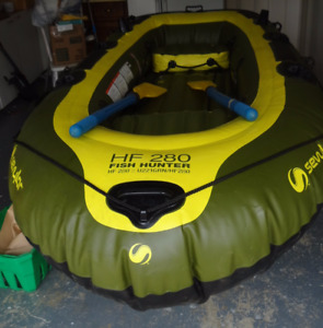 fish hunter 280 inflatable boat and min Kota motor