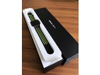 Apple Watch 42mm Series 2 Nike