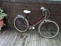 ADULT LADIES VINTAGE 1970,s CLASSIC TOWN BIKE MADE IN GERMANY GX2000