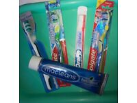 New! 4 Medium Toothbrushes + 100ml Macleans toothpaste