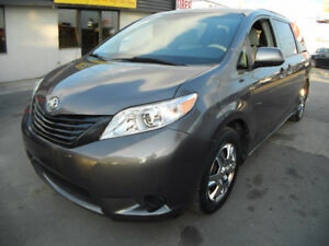 2011 Toyota Sienna LE Certified & E-tested
