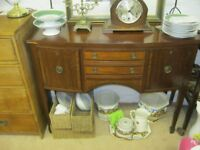 VINTAGE ORNATE 'REGENCY' STYLE MAHOGANY SIDEBOARD. VERSATILE LOCATION USAGE. VIEW/DELIVERY POSSIBLE