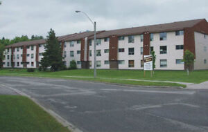 AVAILABLE MID SEPTEMBER - 1 bdrm apt across from LU