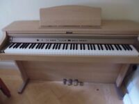 Roland HP-102e Digital Piano Full Size 88 weighted keys, 3 pedals, light oak wood colour