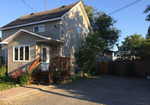 House Rental, Family Wanted: Move in Ready Home, Lg Private Yard