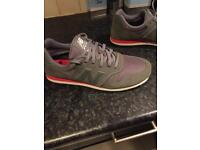 Men's size 10 New balance trainers