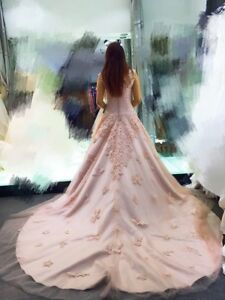 Wedding dress for sale (Vancouver BC)