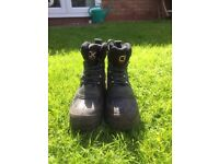 Carp Kinetics fishing boots - Size 10