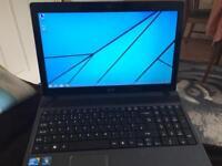 Acer Aspire 5733 Core I3 laptop