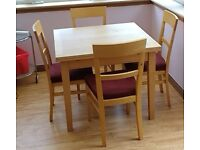 Habitat expanding table and 4 chairs