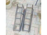 Metal car ramps