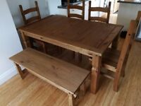 6 Seat Dining Room Table & Chair Set