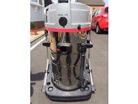 The Aquarius Contractor is a top of the range professional carpet and upholstery cleaner