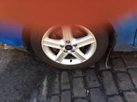 "Does focus 16"" alloys with tyres"