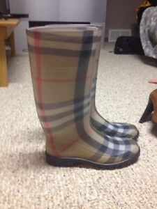 Authentic women's Burberry boots