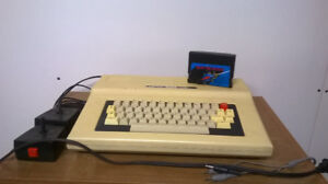 Tandy TRS-80 Color Computer 2 (Coco 2)