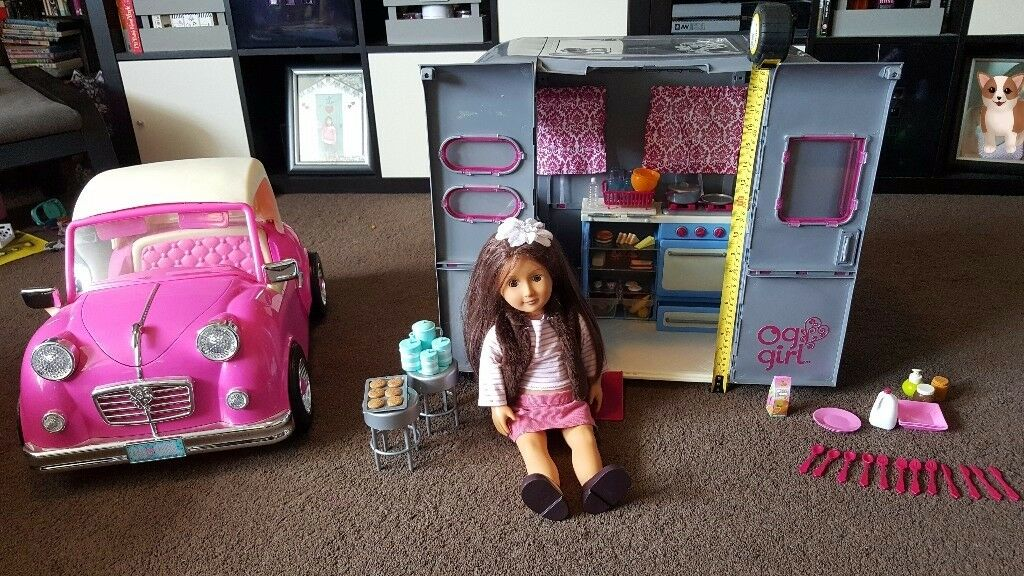 Our Generation Retro Car, Campervan, full accessories & Sienna Doll. Perfect condition! RRP £185!