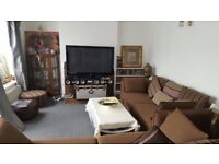 SPACIOUS DETACHED BUNGLOW TO RENT IN OSTERLEY - CLOSE TO TUBE STATION & PARK