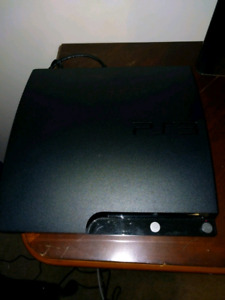 Ps3 320gb with 2 controllers and 6 games