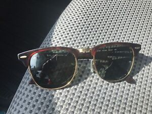 ray ban 3016 clubmaster w0366 49