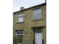 Mid Terrace House - Within Walking Distance of Town - Bradford Road, Hillhouse, HD1