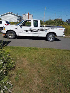 1999 Ford F-150 Extended Cab LOW KMS!!!